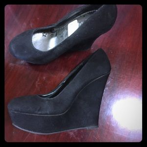 Shoes - New Black Wedge Heels Size Women's 8 1/2